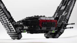 75256 Kylo Ren's Shuttle side