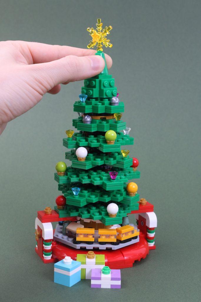 40338 Christmas Tree Review Black Friday Brick Friday 4 683x1024