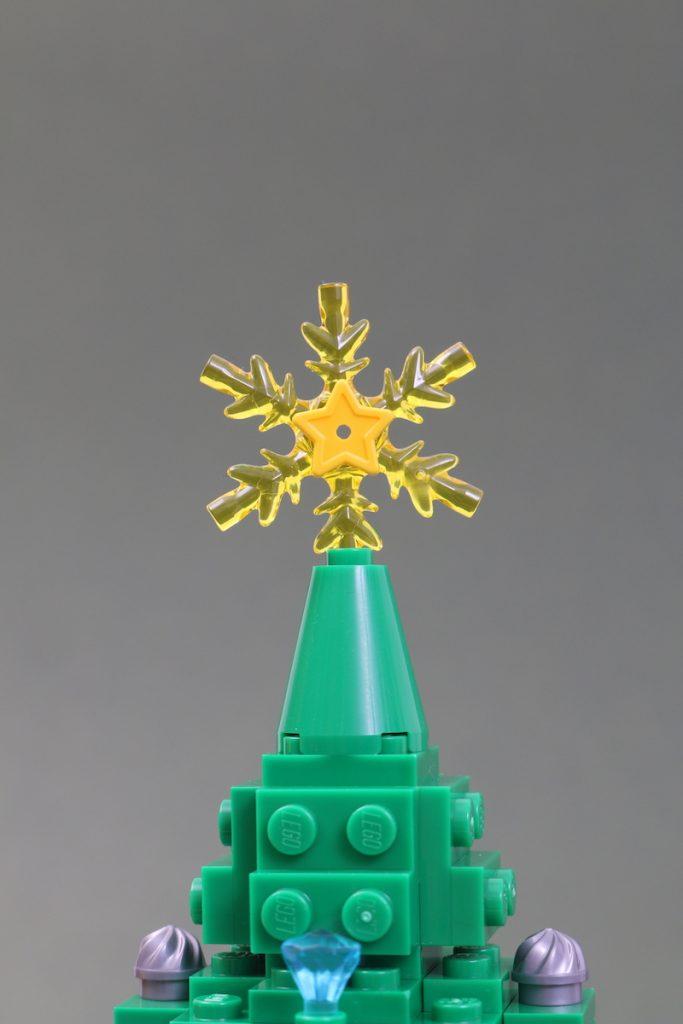40338 Christmas Tree Review Black Friday Brick Friday 7 683x1024