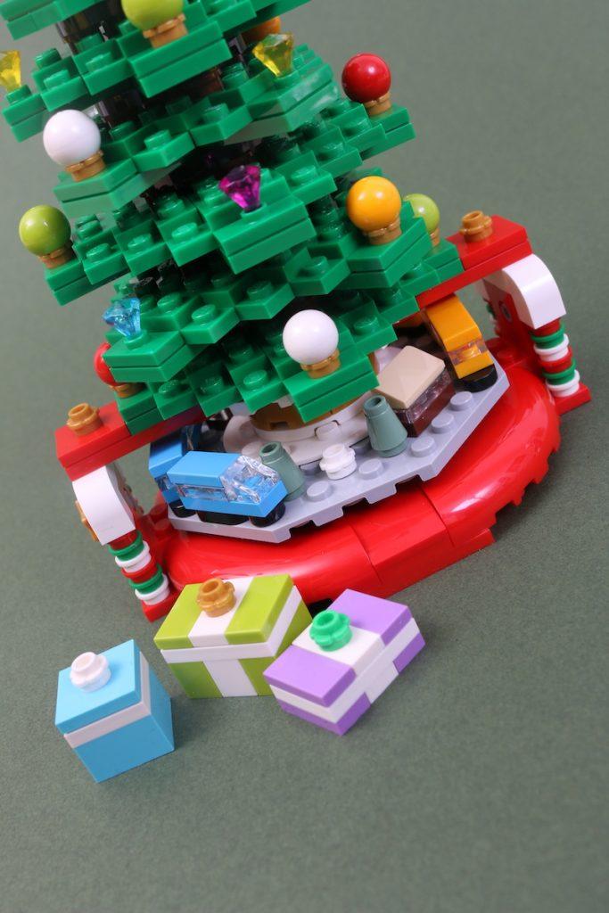40338 Christmas Tree Review Black Friday Brick Friday 8 683x1024