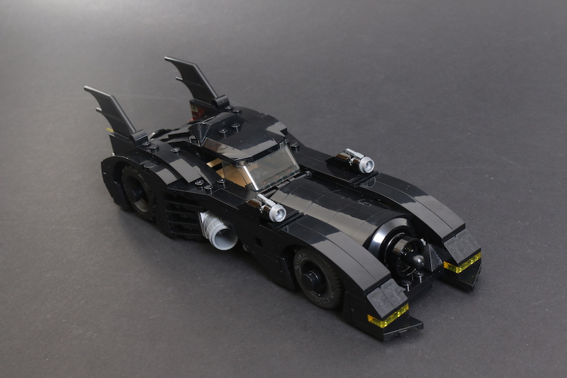 40433 1989 Batmobile Limited Edition Review 10