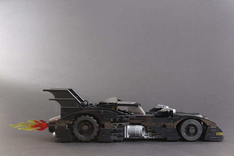 40433 1989 Batmobile Limited Edition Review 2