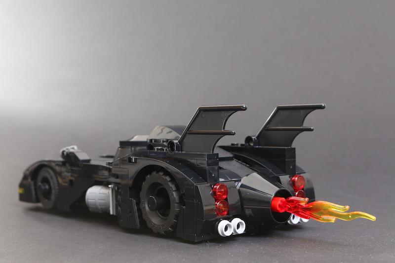40433 1989 Batmobile Limited Edition Review 5