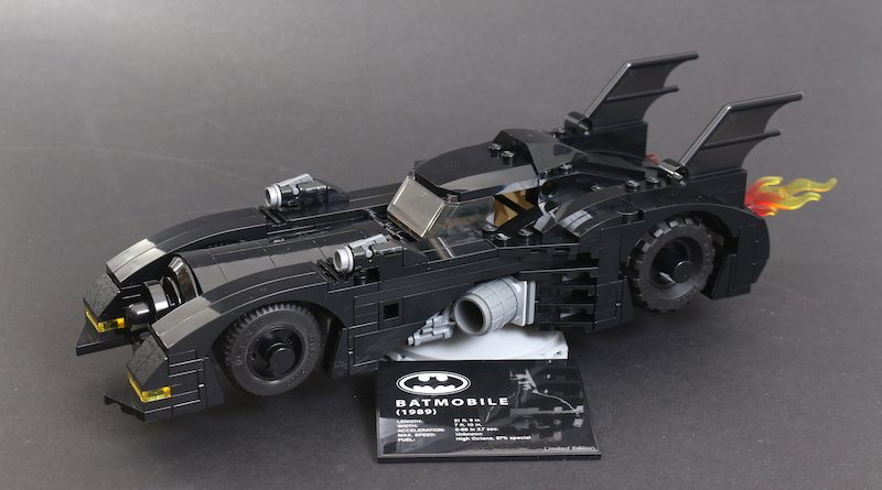 40433 1989 Batmobile Limited Edition Review Main 1 800x445