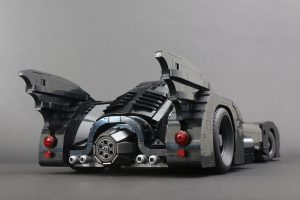 LEGO Batman 76139 1989 Batmobile