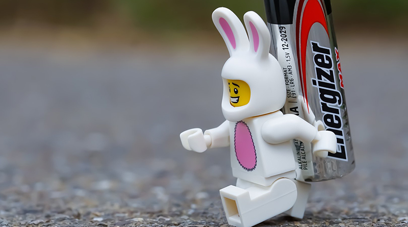 Brick Pic Battery Bunny Featured 800 445