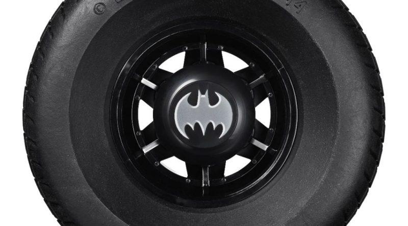 LEGO Batman 76139 1989 Batmobile 1 800x445