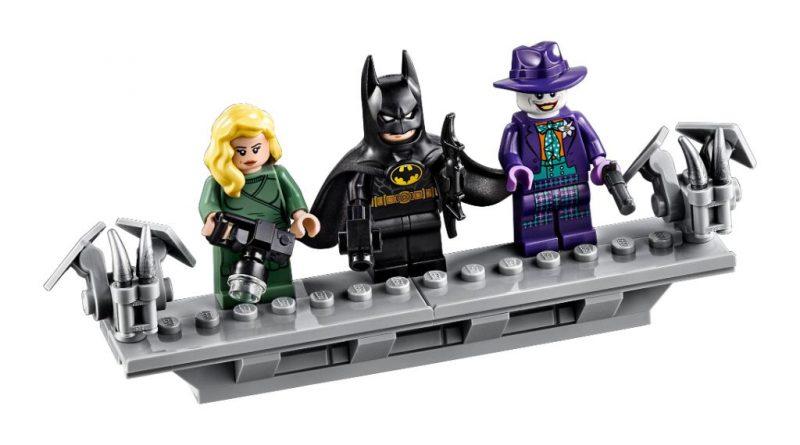 LEGO Batman 76139 1989 Batmobile 9 800x445