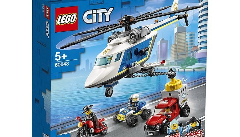 LEGO City 60243 Police Helicopter Chase 1 780x445