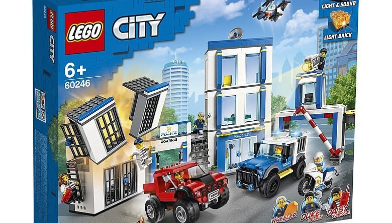 LEGO City 60246 Police Station 1 780x445