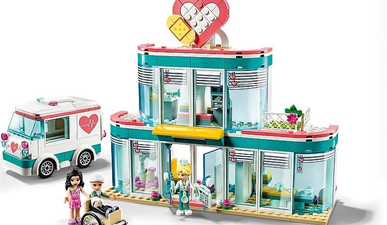 LEGO Friends 41394 Heartlake City Hospital 4 766x445