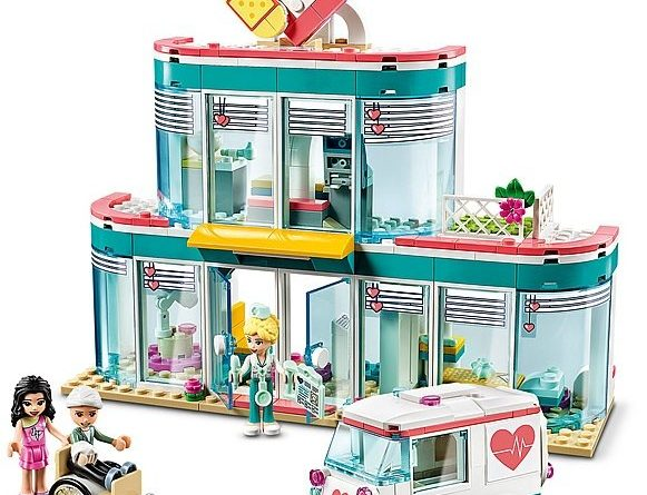 LEGO Friends 41394 Heartlake City Hospital 5 581x445