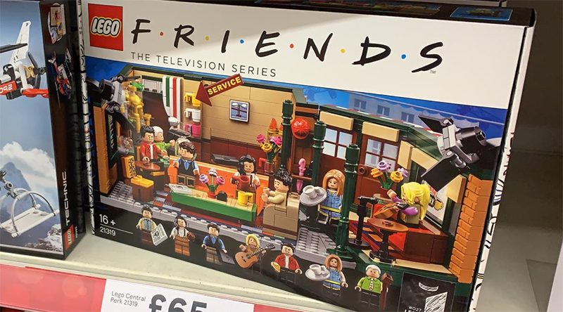 LEGO Ideas Friends 21319 Central Perk Tesco Featured 800 445 800x444