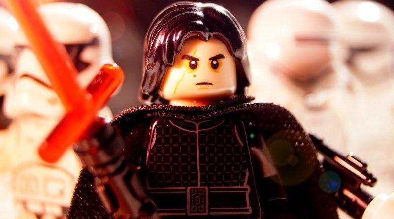 LEGO Kylo e1574119716588