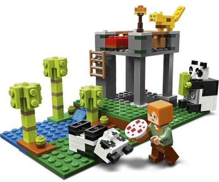 LEGO-Minecraft-21158-The-Panda-Kindergarten-2