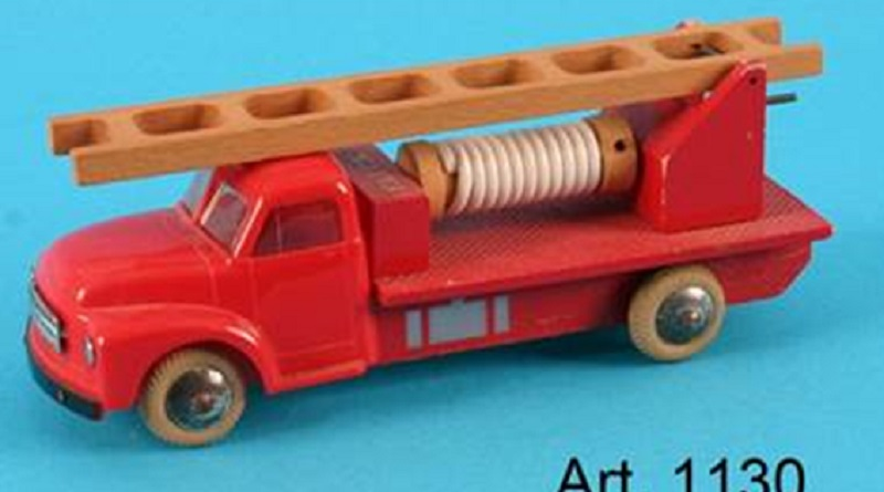 LEGO Originals wooden toys historical featured 800 445