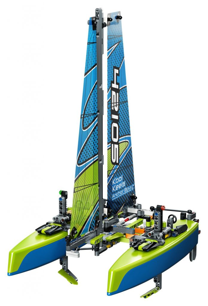 LEGO Technic 42105 Catamaran 3 695x1024