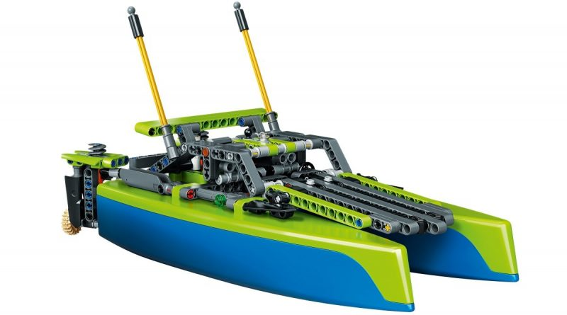 LEGO Technic 42105 Catamaran 5 800x445