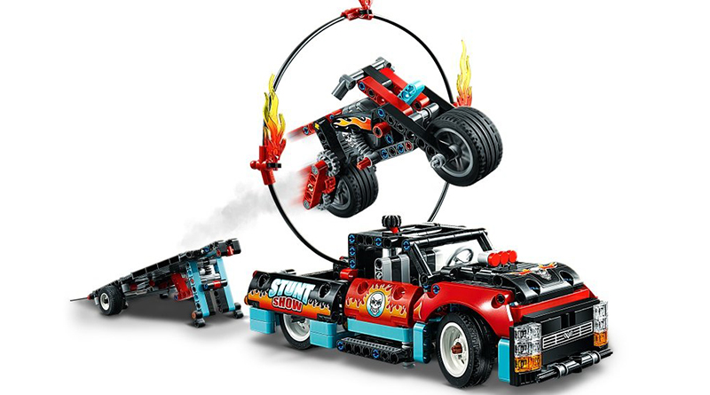 LEGO Technic 42106 Stunt Show Truck Bike Featured 800 445