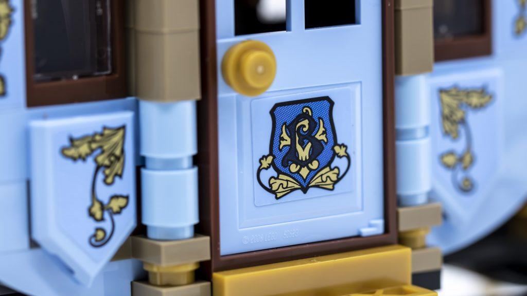 Carriage Door Detail 1024x576