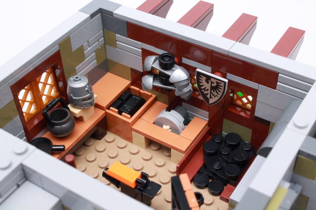 21325 Medieval Blacksmith Review 28