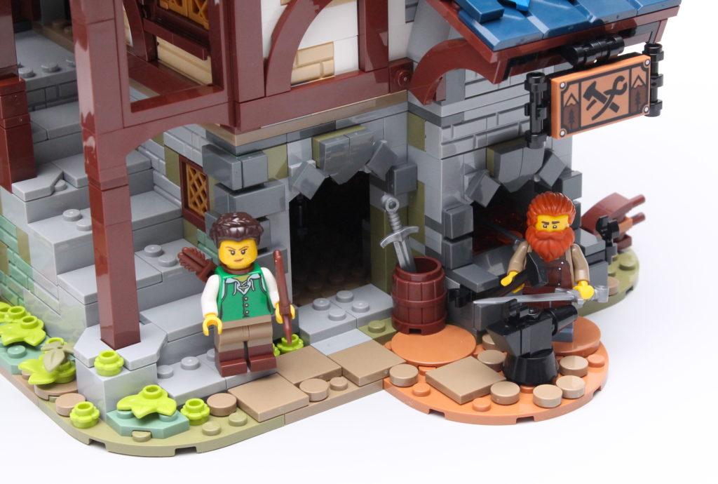 21325 Medieval Blacksmith Review 4