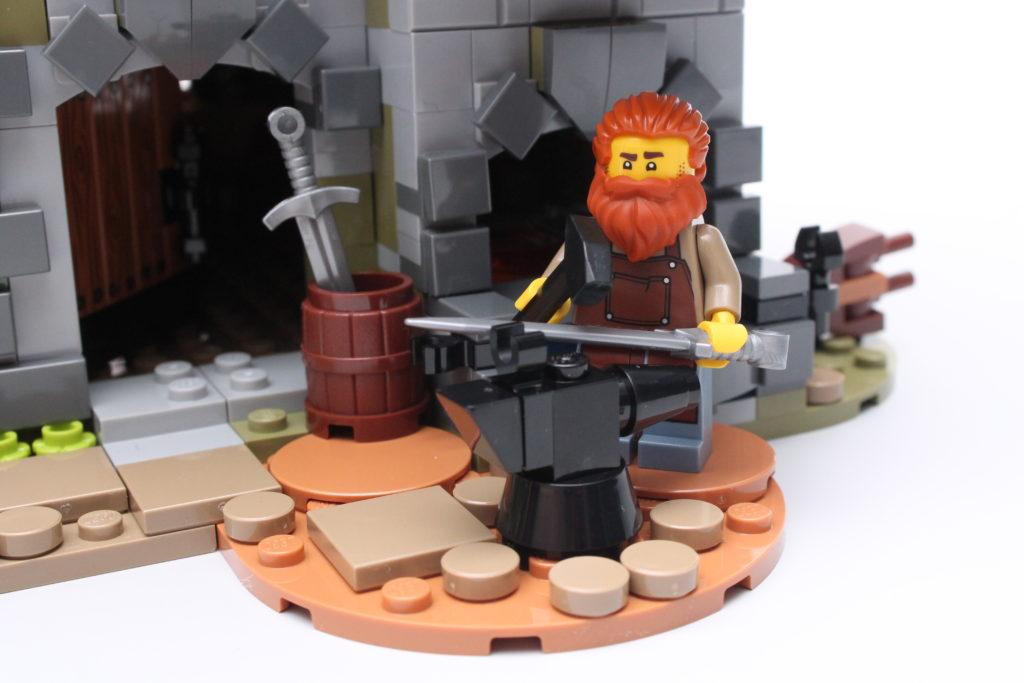 21325 Medieval Blacksmith Review 5