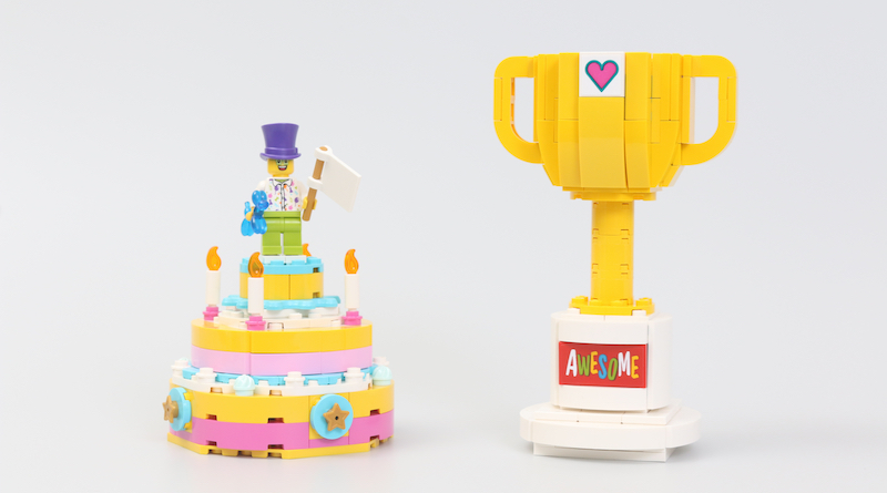 40382 Birthday Set And 40385 Trophy Review Title