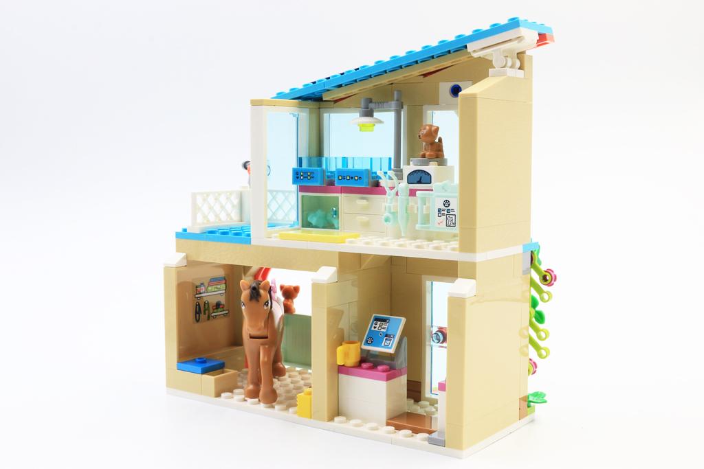 LEGO Friends 41446 Heartlake City Vet Clinic review
