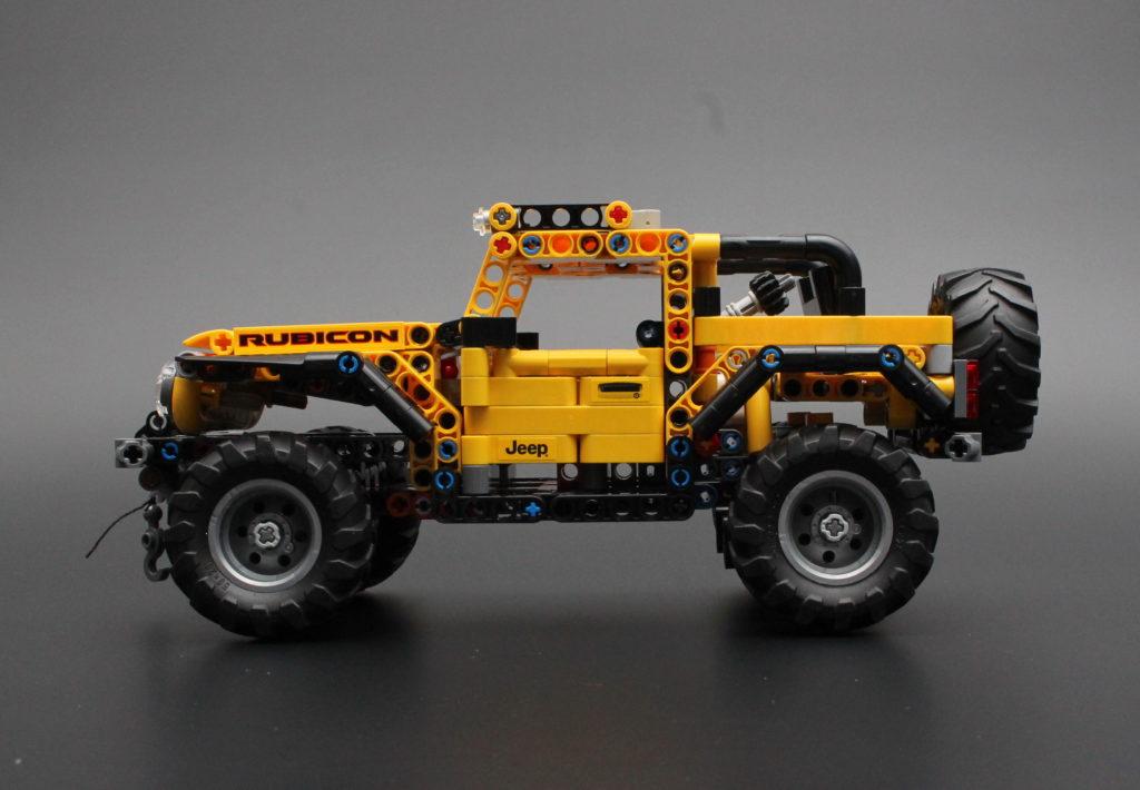42122 Jeep Wrangler 14