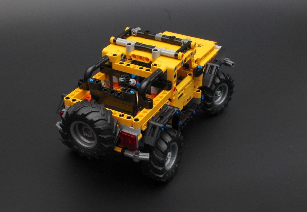 42122 Jeep Wrangler 3