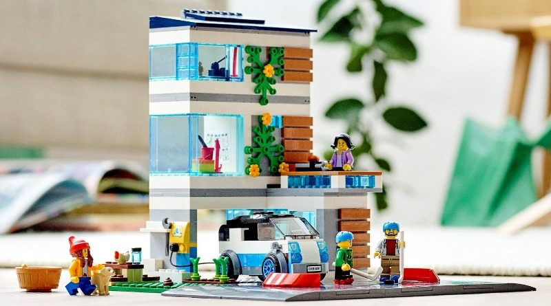60291 Family House featured