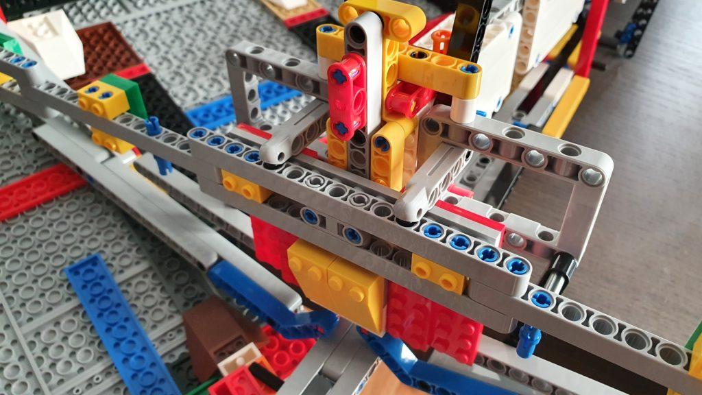 75252 Imperial Star Destroyer Dismantling 01