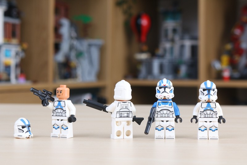 75280 501st Legion Clone Troopers Review 11