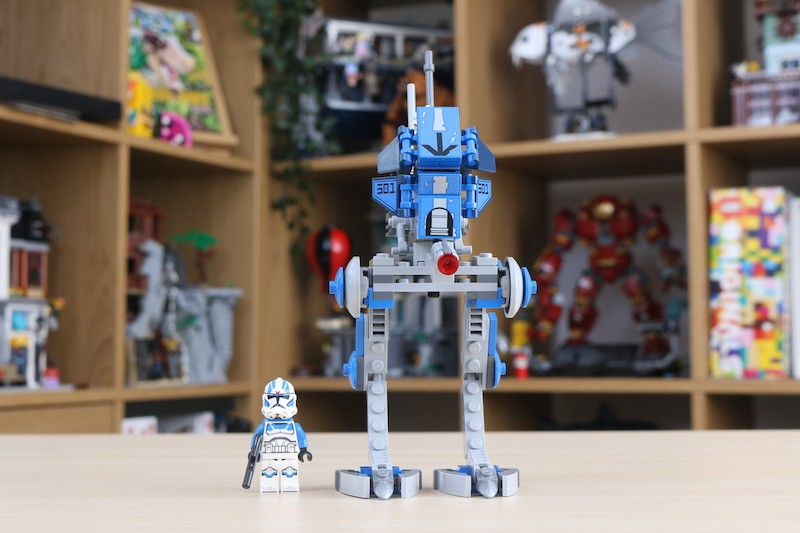 75280 501st Legion Clone Troopers Review 9