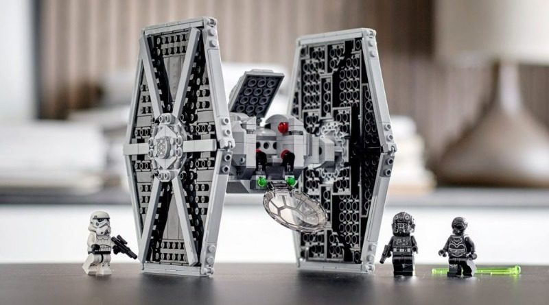 75300 TIE Fighter feature