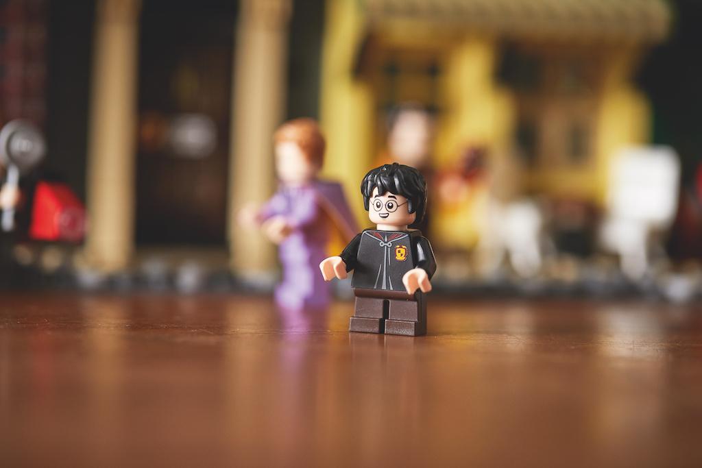 75978 Diagon Alley LEGO Harry Potter Lifestyle Resized 7