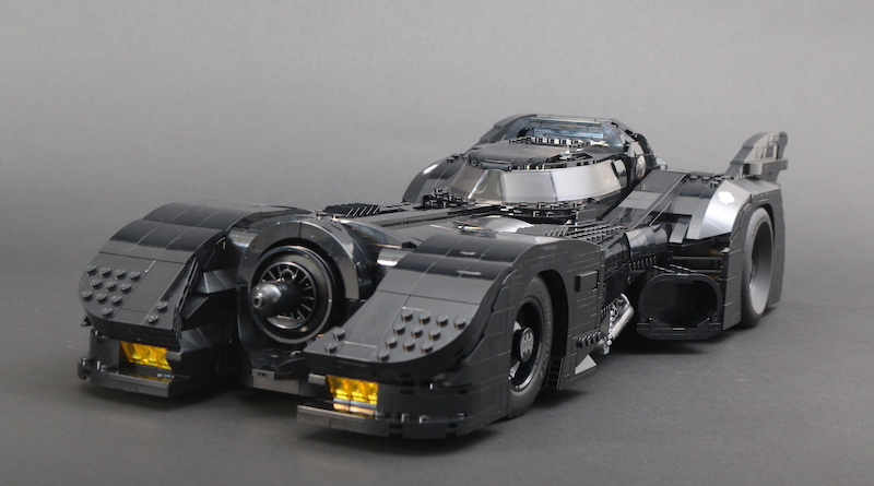 76139 1989 Batmobile Review Title 1