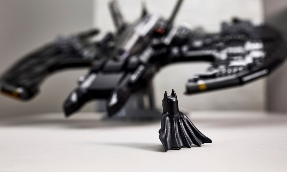 76161 Batman Minifigure Featured
