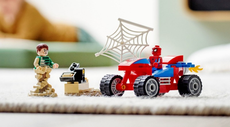 76172 Spider Man And Sandman Showdown Featured