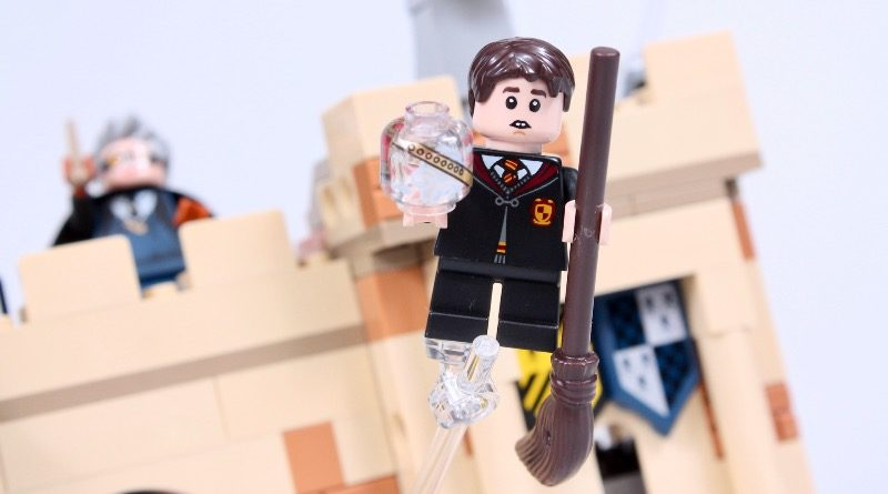 76395 Hogwarts First Flying Lesson review featured