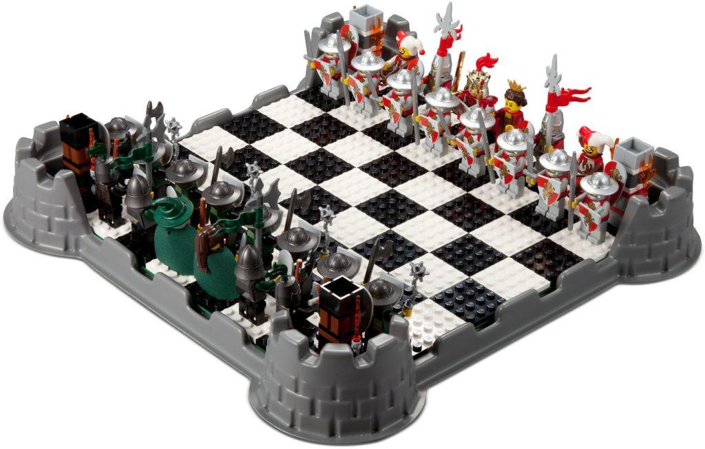 853373 LEGO Kingdoms chess set
