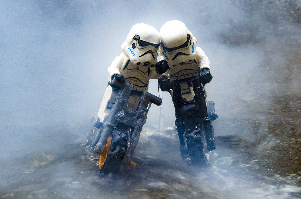 Brick Pic Cycling Troopers Featured 800 445