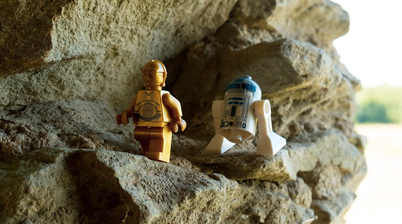 Brick Pic Droids Featured