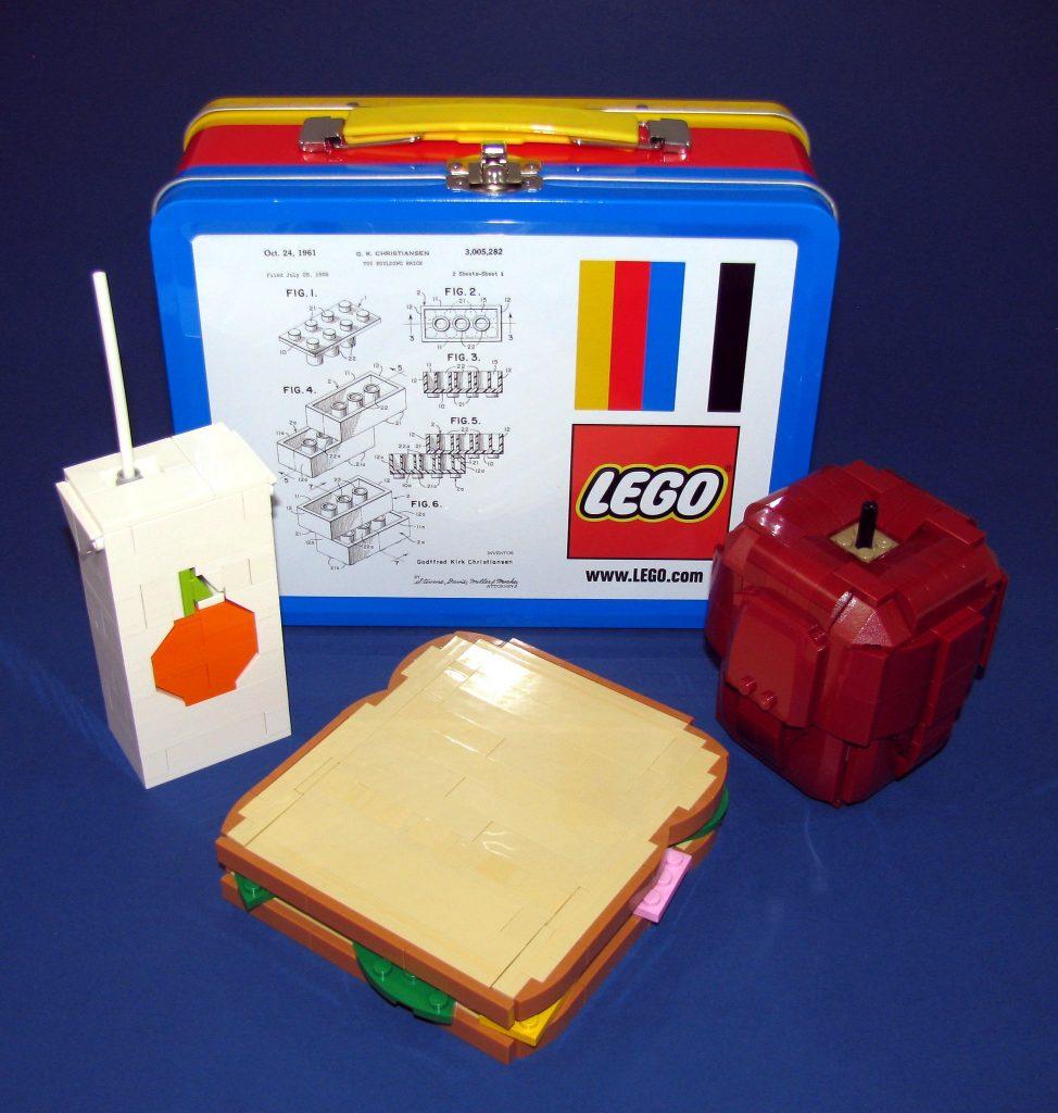 Brick Pic LEGO Lunch 974x1024