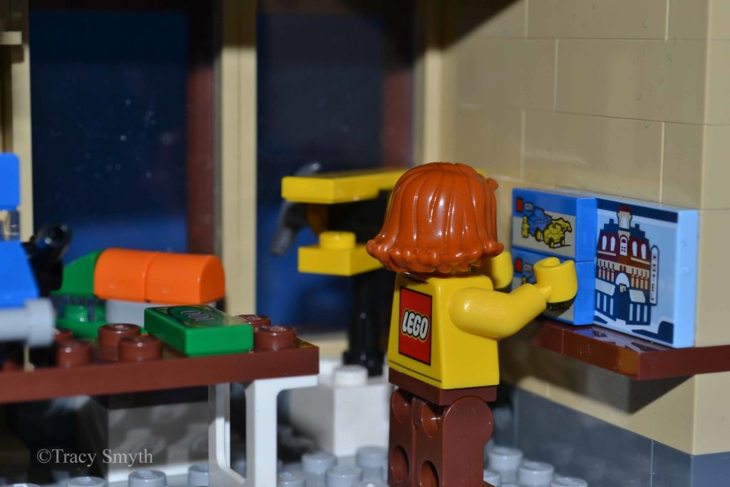 Brick Pic LEGO Shelf