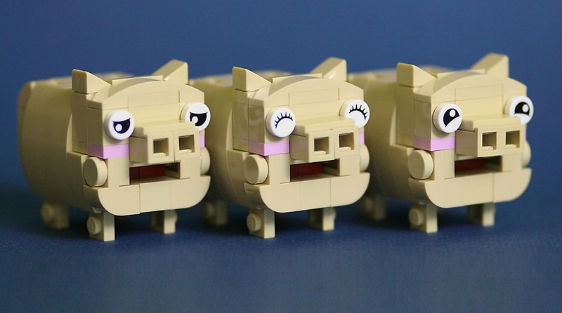 Brick Pic Pigs Featured 800445