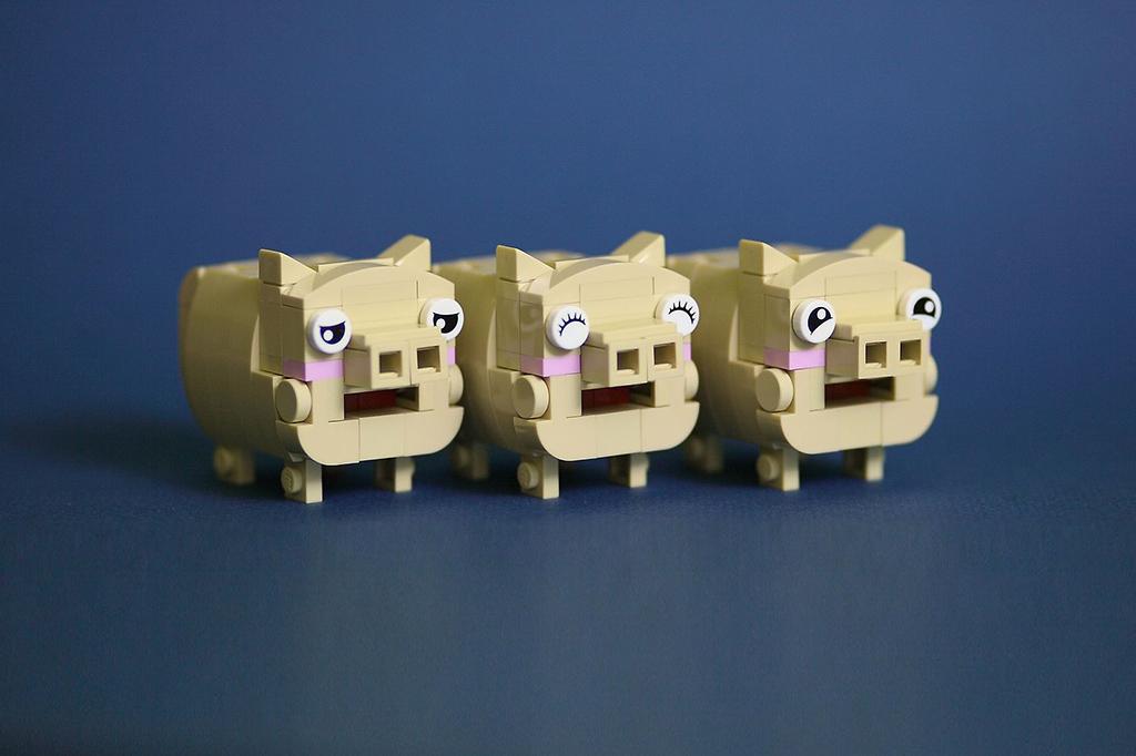 Brick Pic Pigs