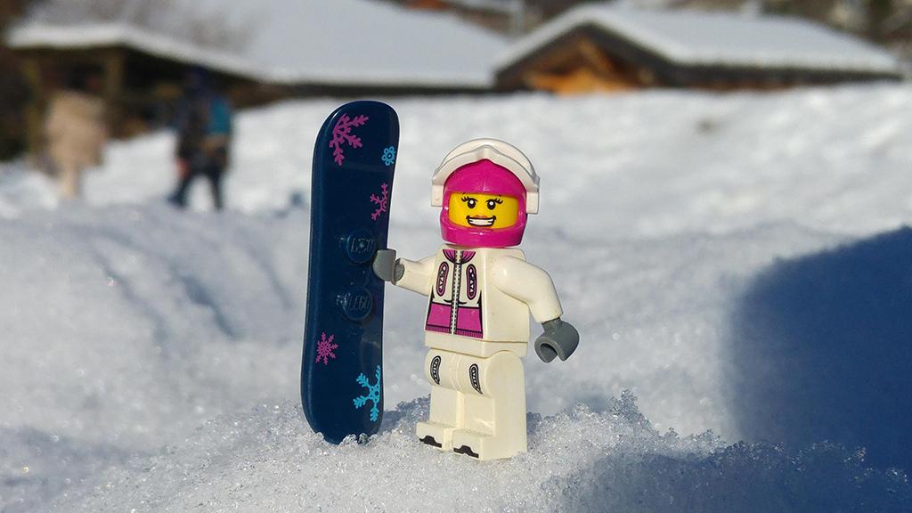 Brick Pic Snowboarder 2