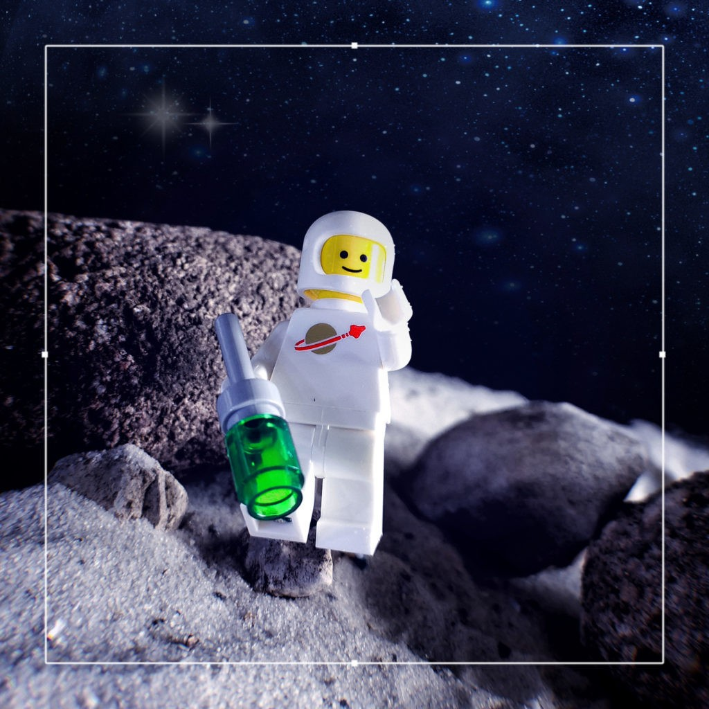 Brick Pic Space Man Moon 1024x1024